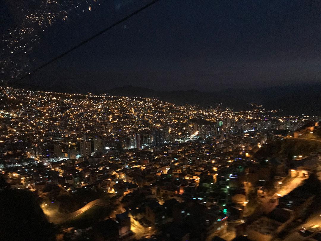 Gondelfahrt über La Paz Bolivien